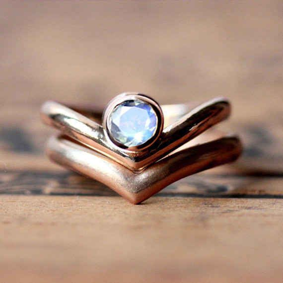 17 Best ideas about Moonstone Engagement Rings on Pinterest | Floral engagement  ring, Blue and white plus size jewellery and Discount engagement rings