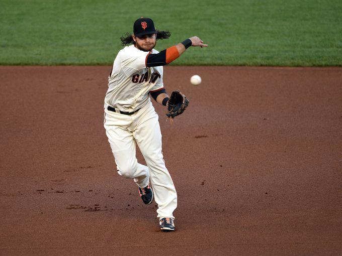 Game 4 in San Francisco: Giants shortstop Brandon