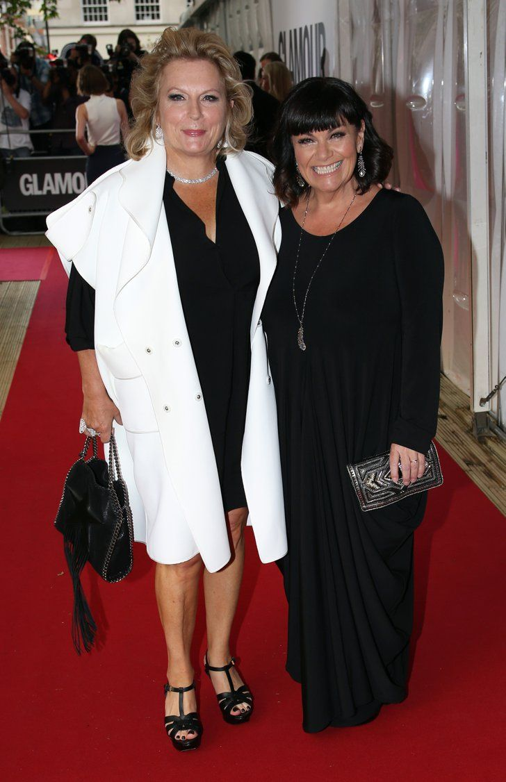 Pin for Later: Hollywood Se Mélange aux Stars Britanniques Lors des Glamour Women of the Year Awards Jennifer Saunders et Dawn French