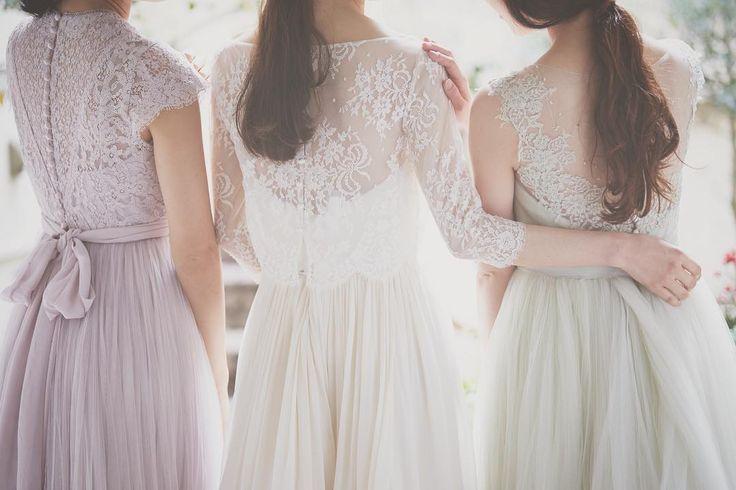 自然体な姿が魅力♡最近人気のナチュラルなおしゃれウェディングドレスに注目! | marry[マリー]