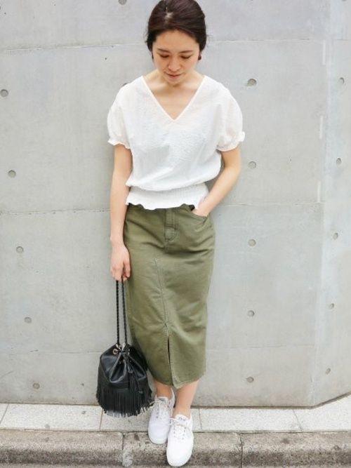 タイトスカートブームがじわじわ来ています!大人女性におすすめの色別タイトスカートコーデ特集 - Yahoo! BEAUTY