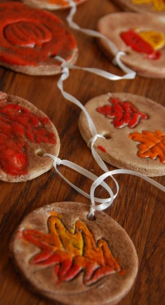 Make at home ceramic leaf tags ( in german but use Google translate on the page for this cute craft )