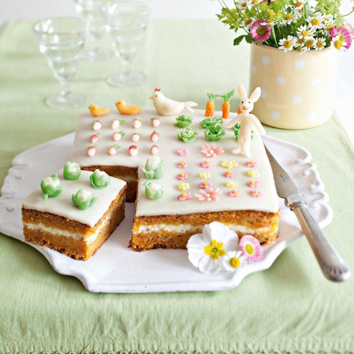 Recette ludique pour les enfants : un gâteau décoré de légumes du potager en pâte à sucre - Marie Claire Idées