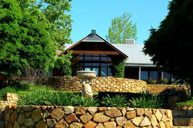 Yarrabah Holiday Retreat | Perth Hills, WA | Accommodation