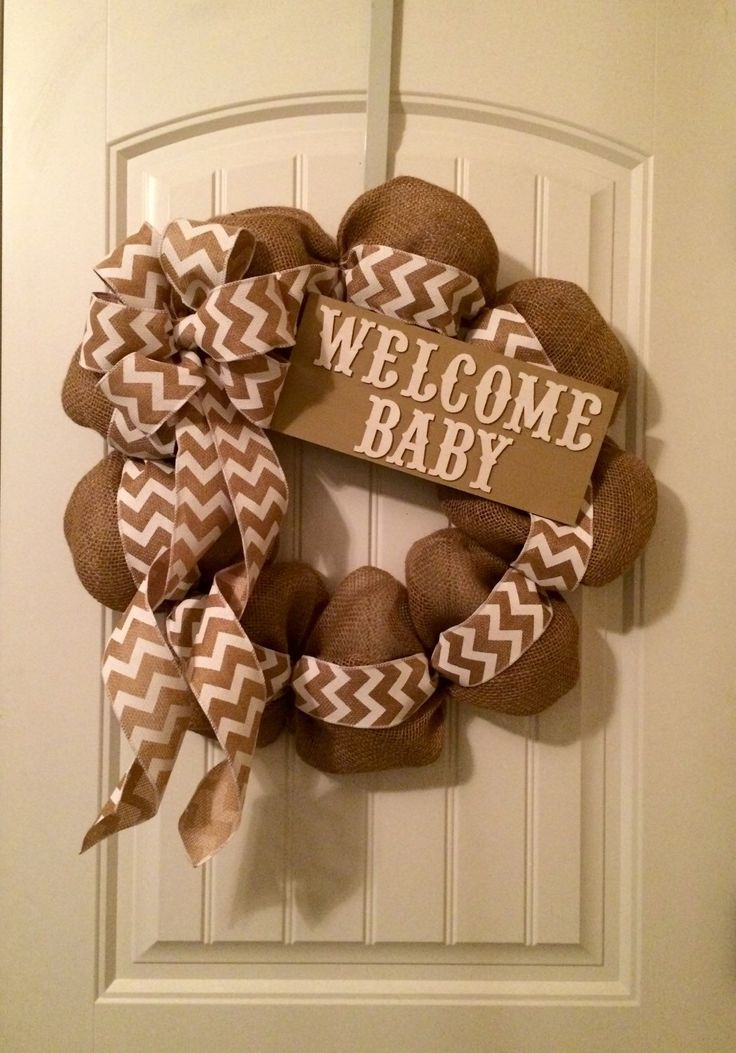 Gender Neutral Baby Wreath Hospital Door with Boy and Girl Chalkboards to attach after reveal!  #BayouBurlapandBling