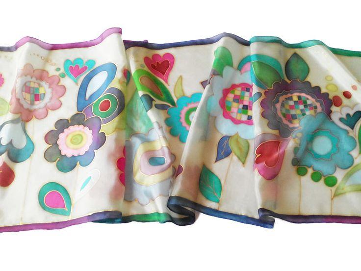 Silkyway virágok selyemsál tavaszi színekben: http://silkyway.hu/silkyway-viragok.html.  Ideális ajándék ballagásra tanároknak, óvónéniknek, osztályfőnöknek