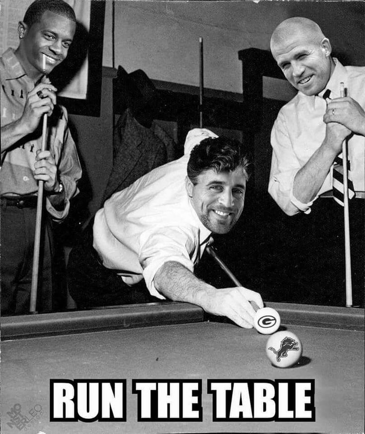 Calling shots. Go Pack Go! #GreenBay #Packers #Football #Funny #RunTheTable