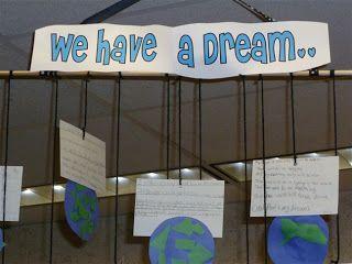 4th Grade Frolics: MLK Mobile Activity and Sharing some Love http://4thgradefrolics.blogspot.com/2012/01/mlk-mobile-activity-and-sharing-some.html