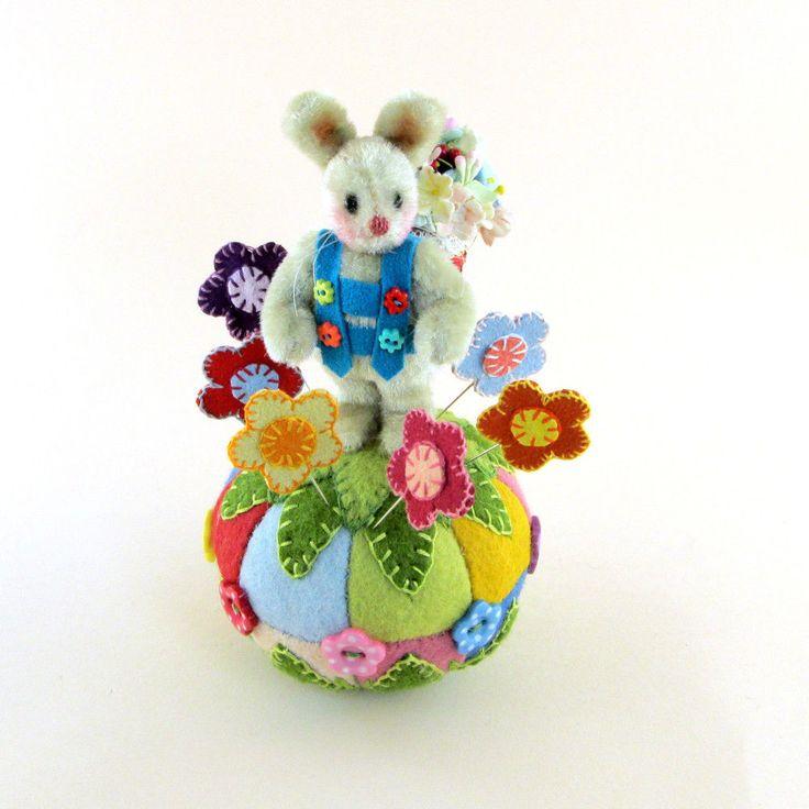 OOAK 2014 Janie Comito ~ Springtime Bunny Rabbit Pin Cushion & Flower Stick PIns