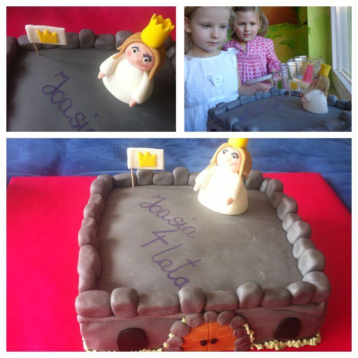 Tort urodzinowy - Świat Małej Księżniczki