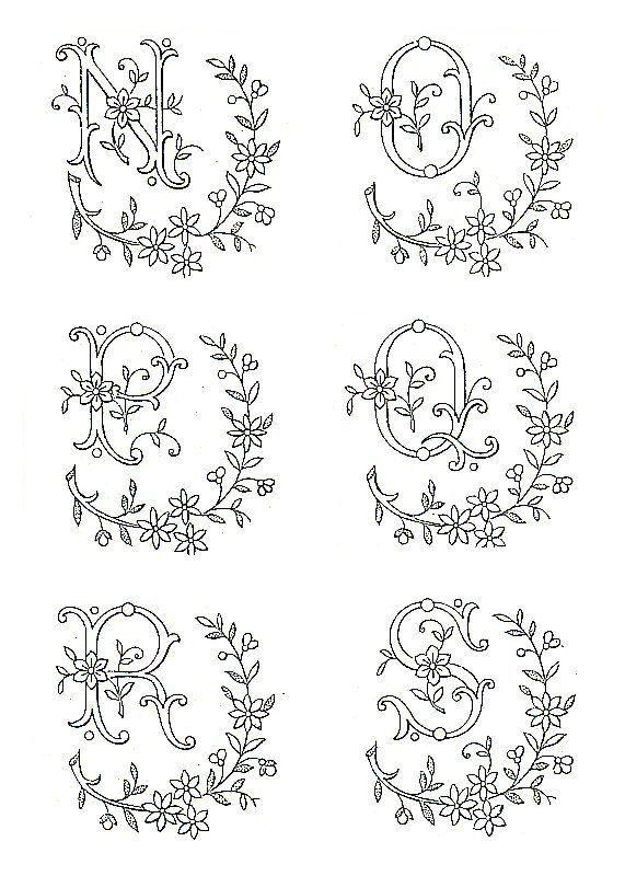 Les 25 meilleures id es de la cat gorie lettres de broderie la main sur pinterest - Apprendre a broder des lettres ...