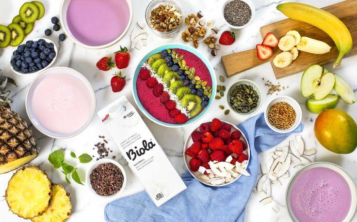 Lag fargerike smoothie bowls med Biola®, frukt og bær, nøtter, frø og masse annet godt. Smoothie bowl som vi på norsk kan oversette til smoothiebo...