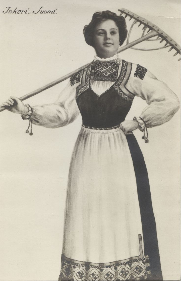 Traditional dress from Inkeri, former Finland