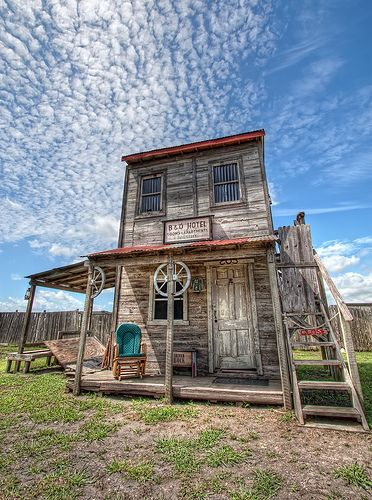B&O Hotel, Ghost Town, Manor, Texas got to see this place yesterday! It was fun cute small food was amazing! Didn't try the burgers cuz Mosquitos kept eating us lol we got lost in the cool maze Nevaeh n Xavier kept looking for ghosts but didn't find any lol