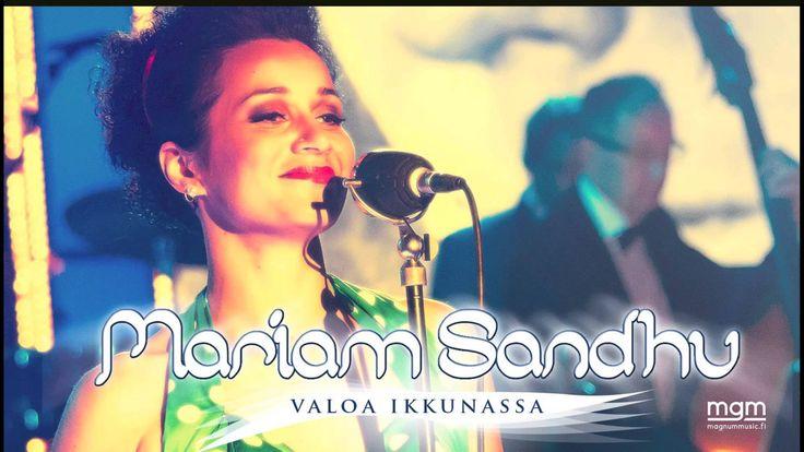 Mariam Sandhu - Valoa ikkunassa