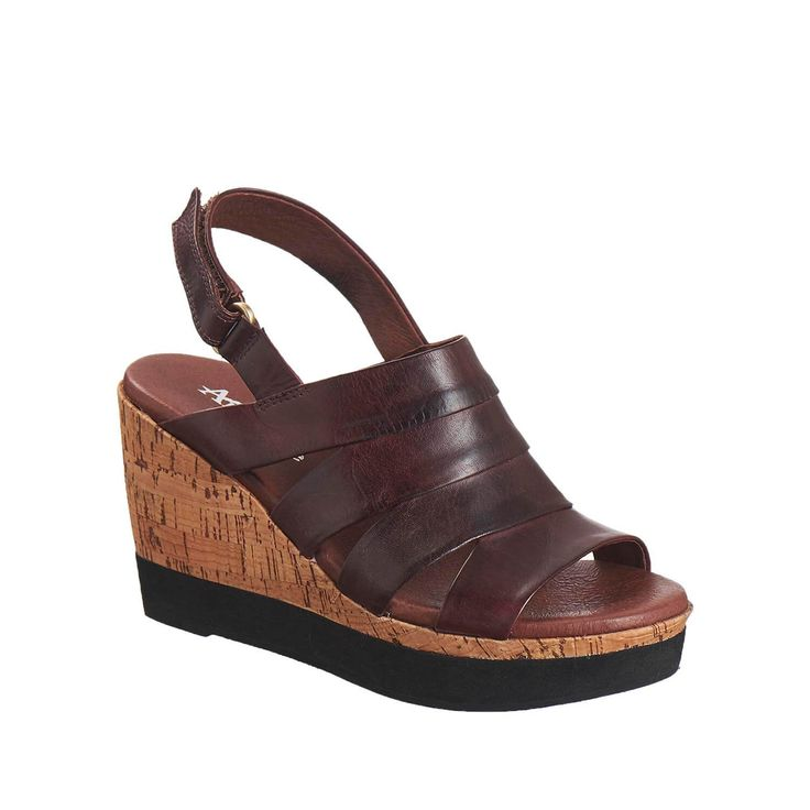 best 25 orthopedic sandals ideas on olukai