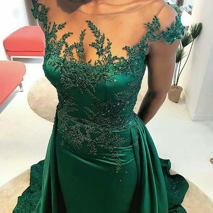 This green mother of the bride dresses can be used as inspiration to make any type if custom evening gowns you need.  We make affordable #motherofthebridedresses that you can customize any way you want. Get more info on custom #eveningdresses when you visit www.dariuscordell.com/