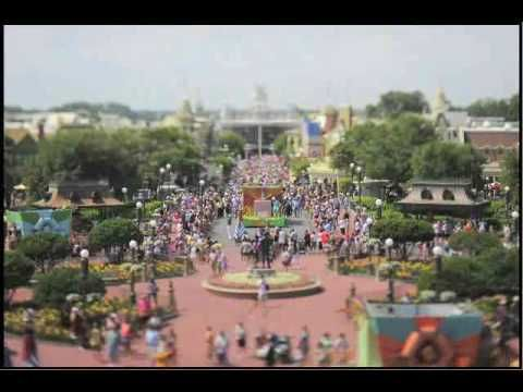 love this, makes me want to go to Disney right now! what kind of photography is this called? anyone know?