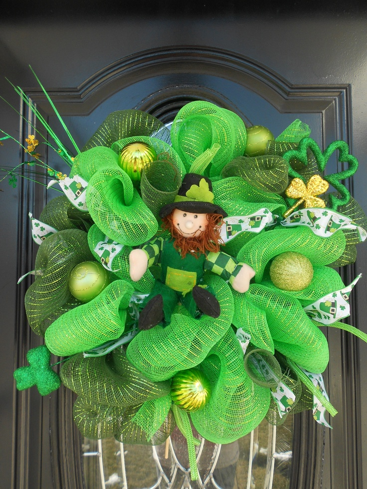 34 best wreaths st patrick images on pinterest deco wreaths holiday wreaths and wreath ideas. Black Bedroom Furniture Sets. Home Design Ideas