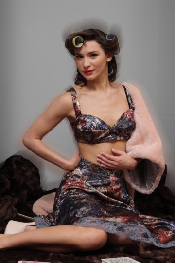Brocade bra-top and skirt with retro flowers and lace / pink eco fur bolero