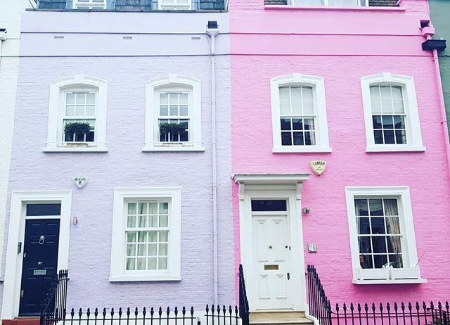 Oh colourful London, colourful days, streets of London! #london #lostinlondon #tourist #wandering #colourpop #stayinlondon #londoner #visitlondon #secretlondon #prettyhomes