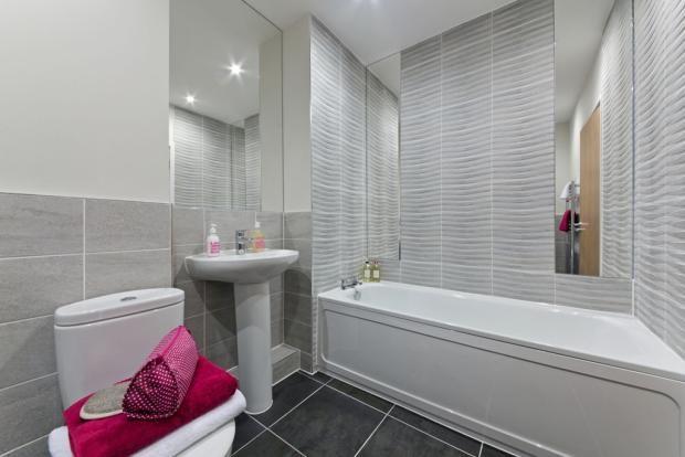 Taylor Wimpey Bathroom