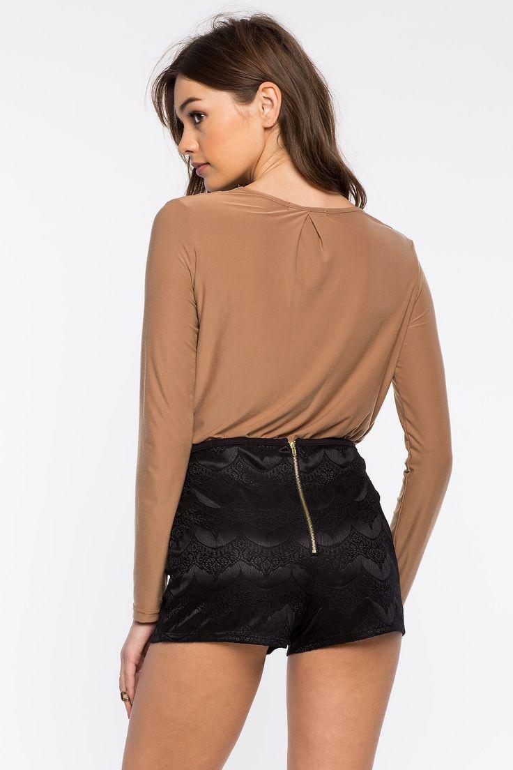 Кружевные шорты Размеры: S, M, L Цвет: черный Цена: 1285 руб.     #одежда #женщинам #шорты #коопт