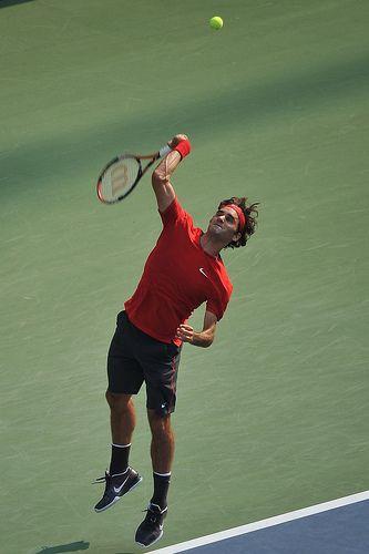 Roger Federer seving - 2011 US OPEN TENNIS TOURNAMENT - Arthur Ashe Stadium Court,  Flushing  NYC #tennis #USOpen