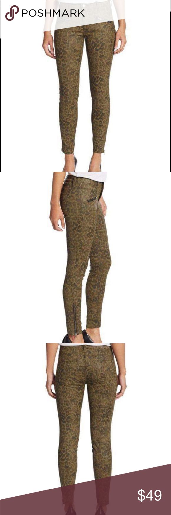 Current/Elliott Animal-print Skinny Zip Jeans NWOT Current/Elliott women's Green Sohozi Animal-print Skinny Zip Jeans. Zip detailing ups the sleek effect of these exotic-printed skinnies. Belt loops. Zip fly with button closure. Two front zip pockets. Zip cuffs. Two back patch pockets. Comes from a smoke free and pet free home. Fast shipping!!! Current/Elliott Jeans Skinny