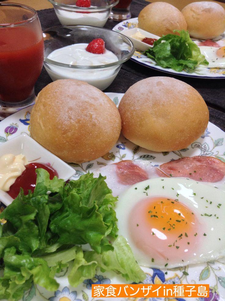 2015/6/28 朝食 ハムエッグとプチパン