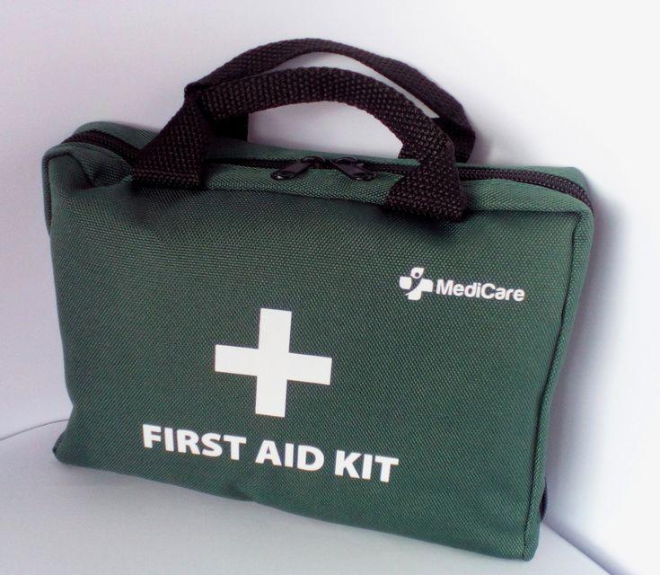 MediCare Deluxe Erste-Hilfe-Set  https://linasophie77.wordpress.com/2017/03/06/medicare-deluxe-erste-hilfe-set/