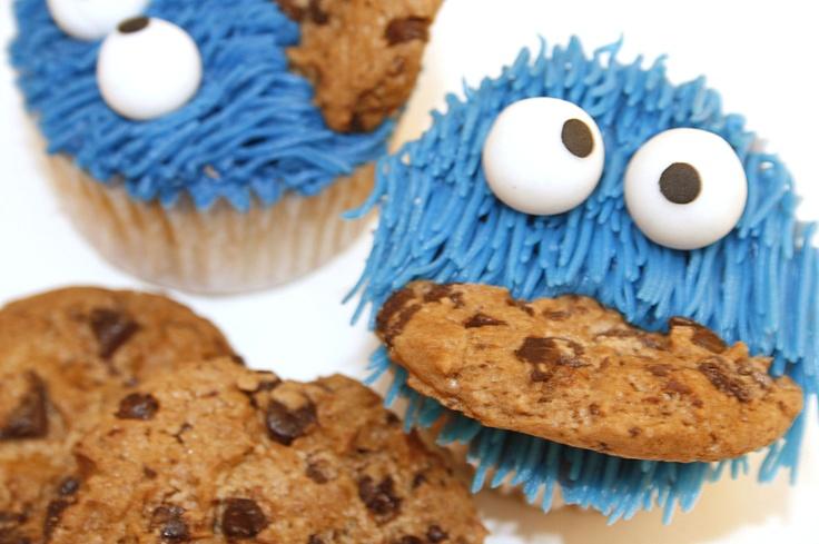 Tu medio cupcake: Cupcakes del Monstruo de las Galletas // Cookie Monster Cupcakes