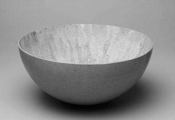 Large concrete bowl http://twentytwentyone.com/product/large-concrete-bowl