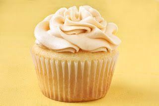 Banana Caramel Cupcakes   Gourmet Cupcake Recipes