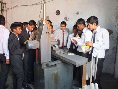 Polytechnic Diploma Engineering Admission in Delhi - Classes, Other - Delhi/New Delhi, Delhi, India 826598
