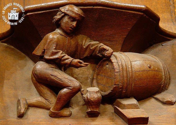 personnage s'appretant a remplir une cruche de vin 15e siécle cluny  France / wine / barrel / medieval