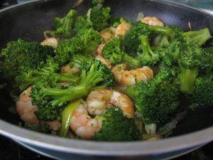 Brocoli con gambas y otras ideas de recetas con brocoli