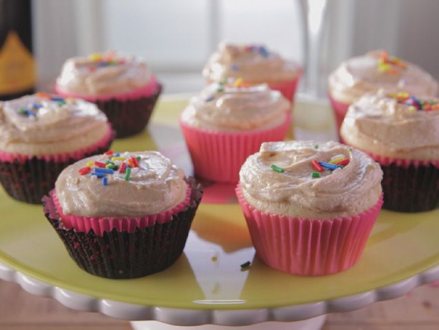 Old-Fashioned Cupcakes with Peanut Butter Frosting recipe from Trisha Yearwood via Food Network