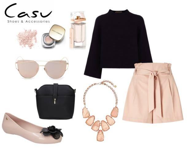 Cudowna stylizacja w kolorze pudrowego różu, uzupełniona czarnymi elementami! #outfit #ootd #moda #fashion