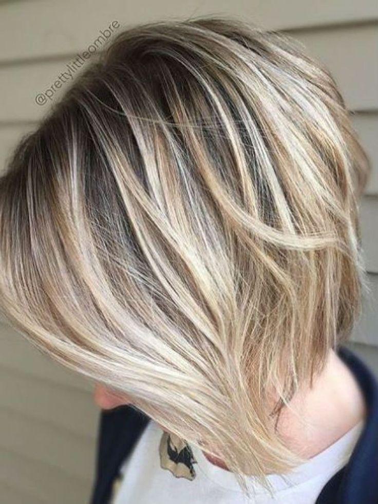Carré plongeant dégradé sur un ombré hair en 2020 | Coiffure courte, Coiffure et Coupe de cheveux