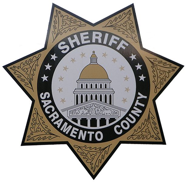 A man being held in the Sacramento County Main Jail for failing to register as a sex offender has died.