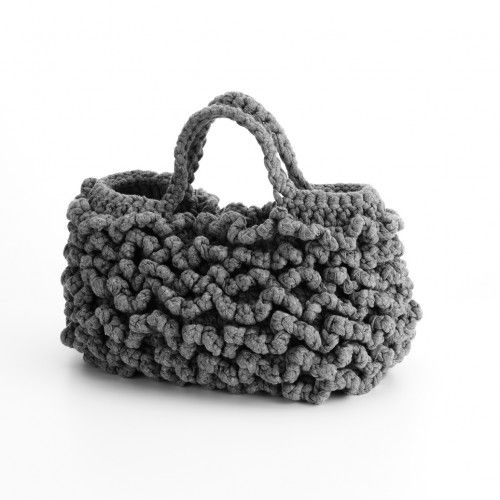 """Chiara"" - crochet bag with jersey yarn - Katrin Arens #trapillo #fettuccia"