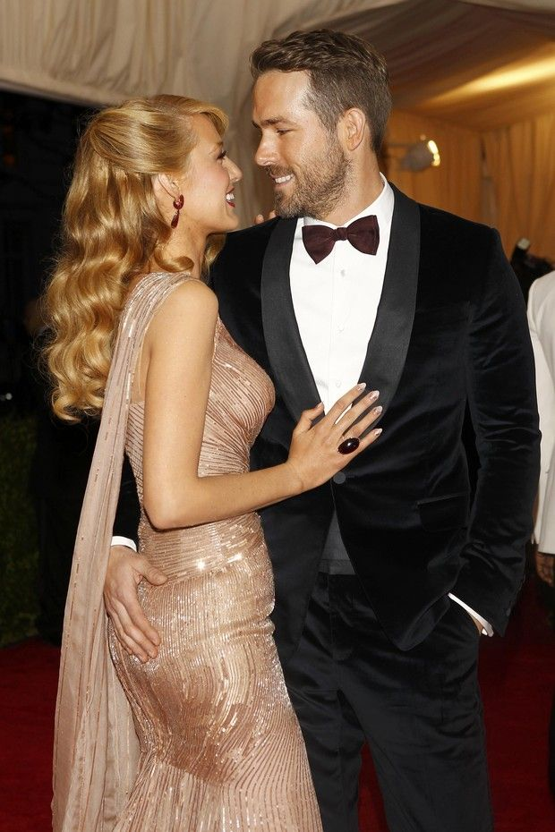 Blake Lively and Ryan Reynolds in the MET gala in New York, USA (Photo: Carlo Allegri / Reuters)