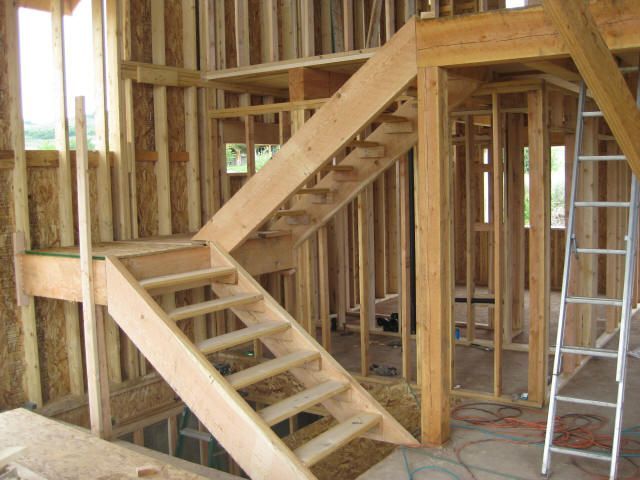 Switch Back Stairs Small Area | The stairs from the basement garage to the main floor are more typical ...