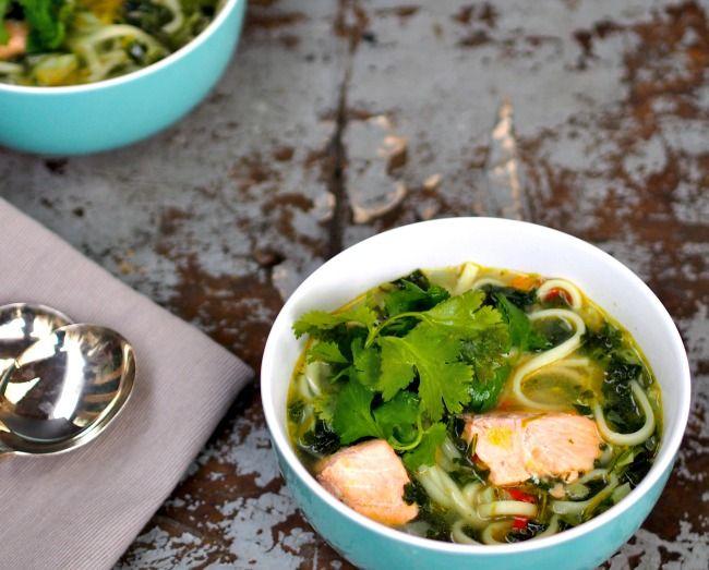 Salmon Noodle Bowl - the fastfoodie.com.au