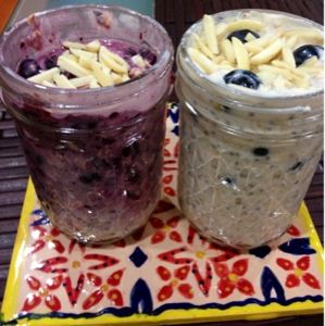 Overnight Refrigerator Oatmeal  My attempt and the flavors I liked. Original from The Yummy Life.