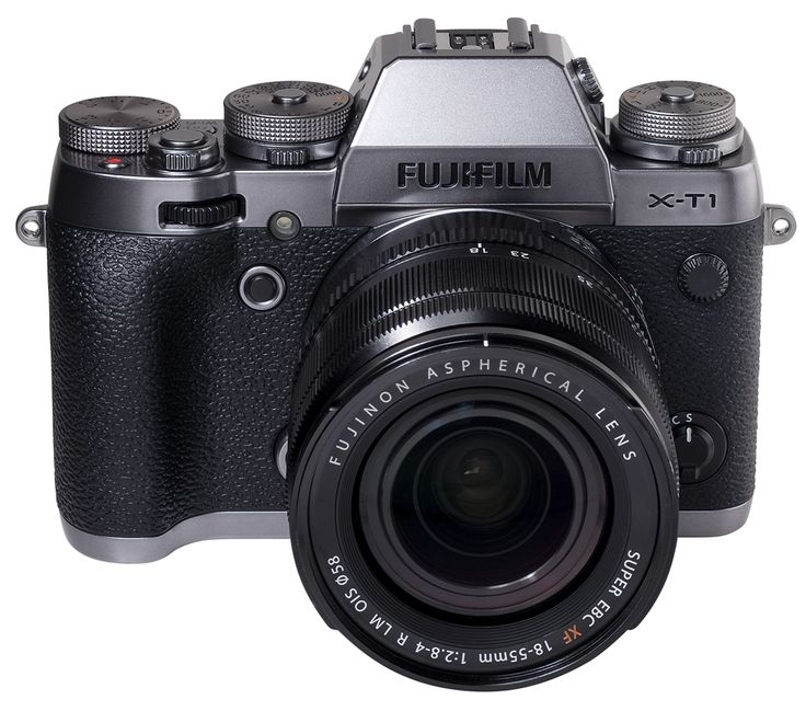 Fujifilm XT1 sistemski fotoaparat v novi srebrni barvi.  New color variant of the Fujifilm XT1 system camera Graphite Silver edition.
