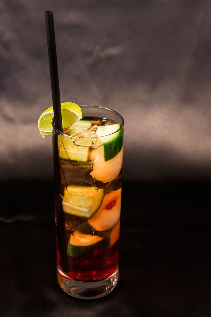 DUA CHUA in Vietnamese means cucumber. We love the taste of lychee, lemon, cucmber and gin!