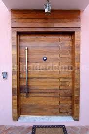 Resultado de imagem para portas madeira demolição