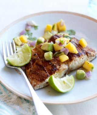 Grilled mahi mahi w mango avocado salsa meal plans for Healthy fish dinner recipes